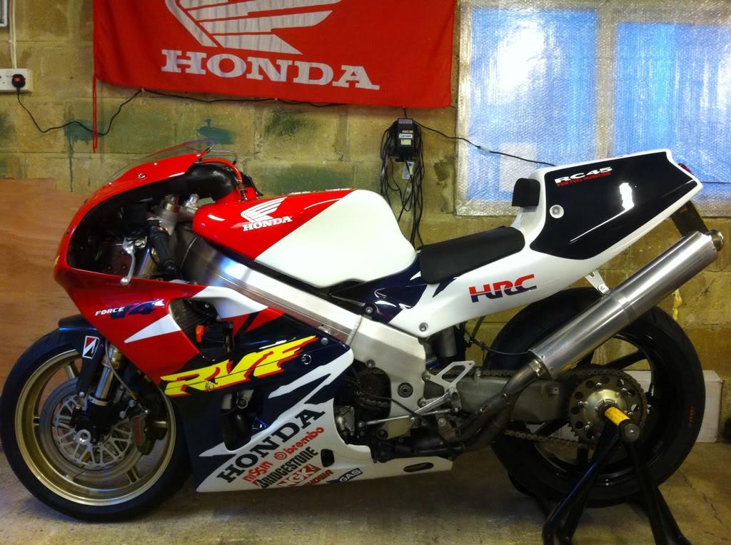 Honda RC 45 - Page 3 C374D038-BFAA-4EB8-B027-AE10206AA412-134-0000000857591A22