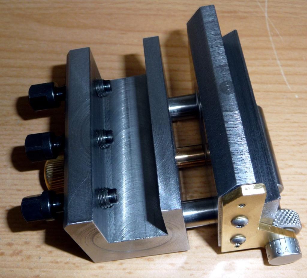 Support pour affutage d'outils de tour pour DECKEL SOE P1110322_zps9f59472f