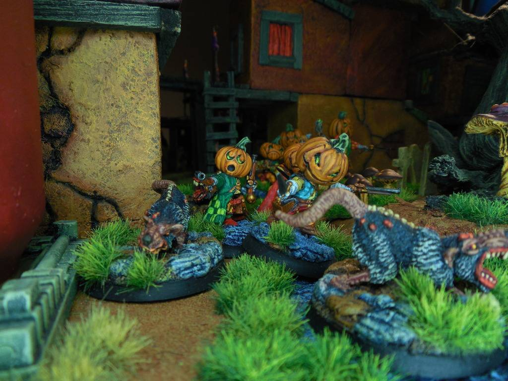 DeafNala's Gallery of Rogues, Scoundrels, & Miscreant - Page 8 DSCN3861