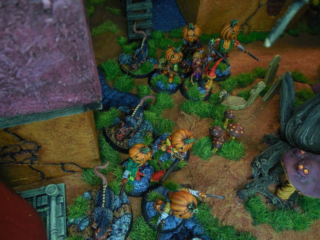 DeafNala's Gallery of Rogues, Scoundrels, & Miscreant - Page 8 DSCN3862