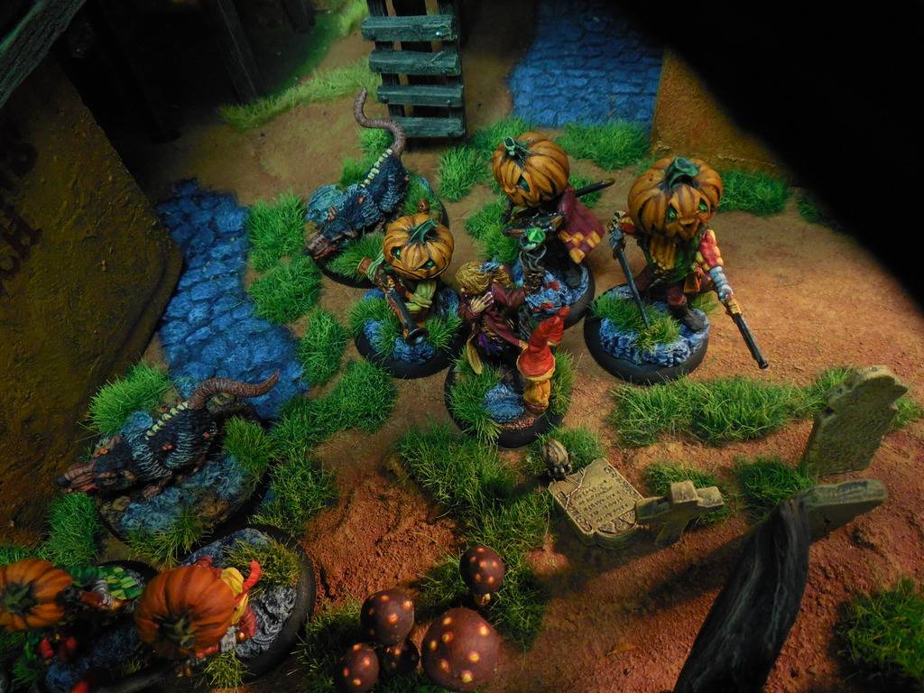 DeafNala's Gallery of Rogues, Scoundrels, & Miscreant - Page 8 DSCN3864_1