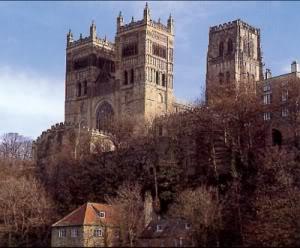 In den Katakomben  Durham_kathedrale_von_durham