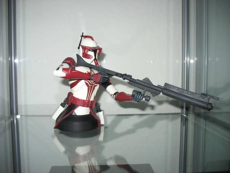 Gentle Giant Clone Wars Commander Fox mini bust PG Gift 2010 - Page 2 EliteCorpsTrooper005