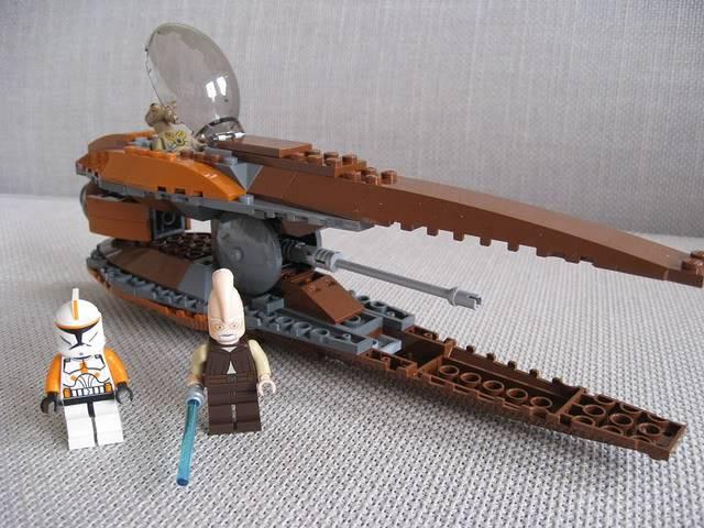 Lego - 7959 - Geonosian Starfighter  5733075197_ec9d32e153_z