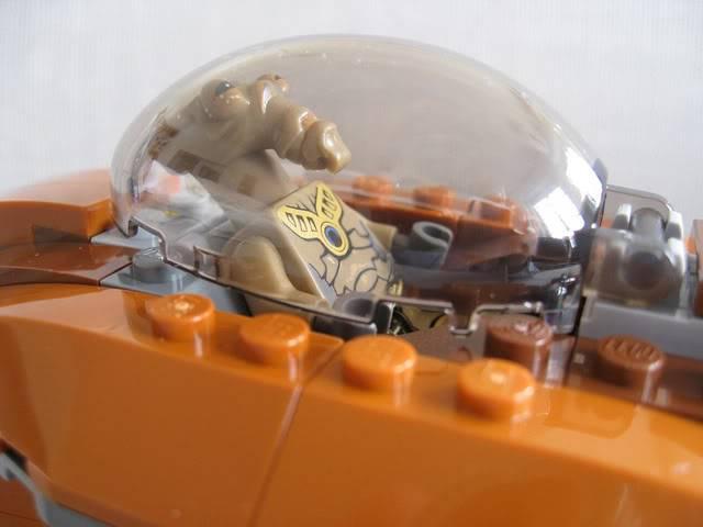 Lego - 7959 - Geonosian Starfighter  5733075551_f1381415c2_z