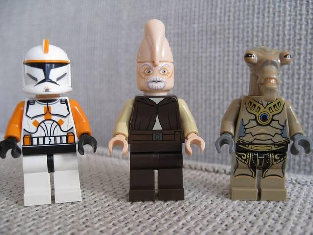 Lego - 7959 - Geonosian Starfighter  5733616782_d21573bb86_z