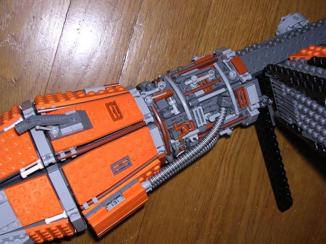 Les créations LEGO sur le NET - Page 4 Dscn4801z
