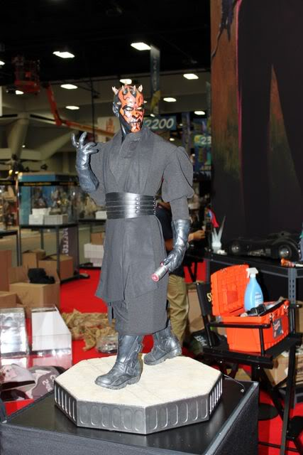 Sideshow - Darth Maul - Legendary Scale Figure  000__167
