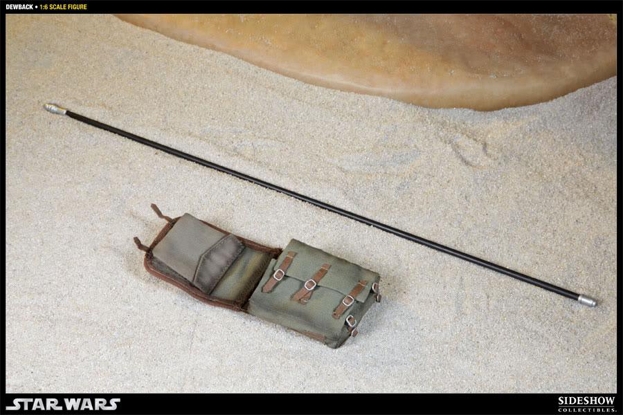Sideshow - Sandtrooper Deluxe Figure & Dewback - 12' 100032_press09-001