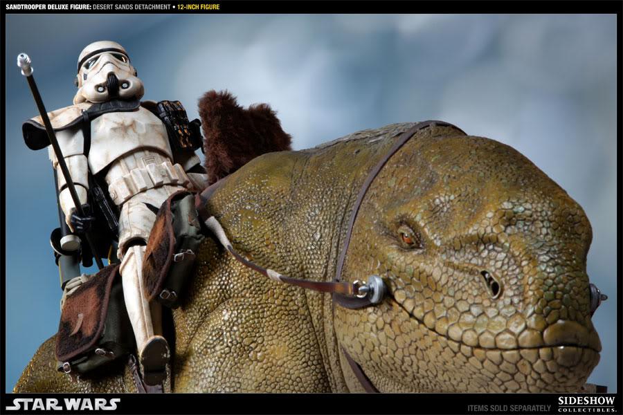 Sideshow - Sandtrooper Deluxe Figure & Dewback - 12' 100055_press14-001
