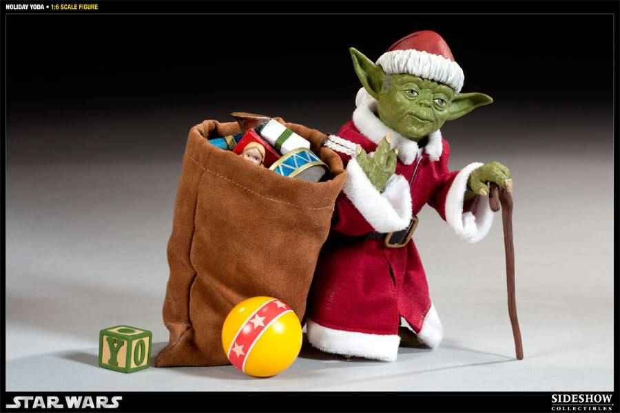 Sideshow -Yoda (Holiday Version) 12 inch Figure 100087_press07-001