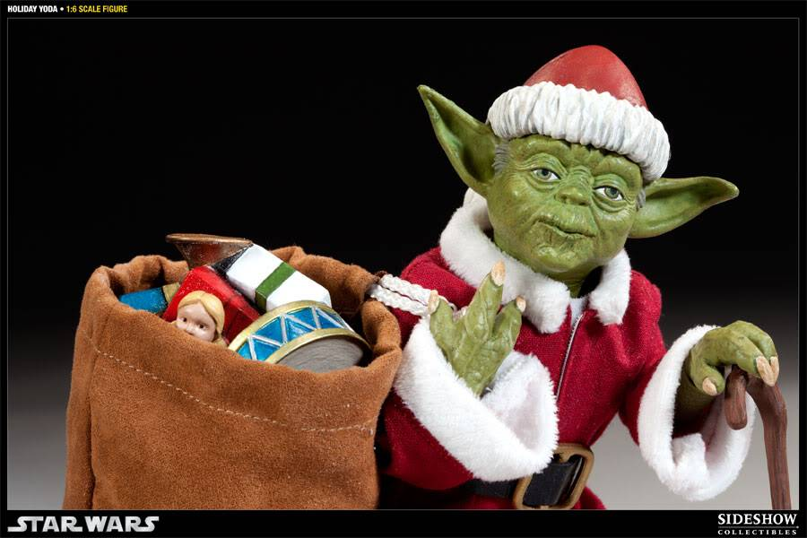 Sideshow -Yoda (Holiday Version) 12 inch Figure 100087_press08-001