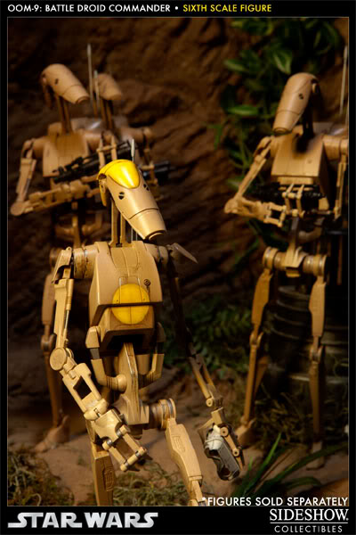 Sideshow - OOM-9 Battle Droid Commander - 12 inch Figure 100108_press07-001