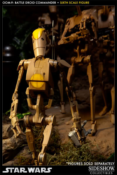 Sideshow - OOM-9 Battle Droid Commander - 12 inch Figure 100108_press08-001