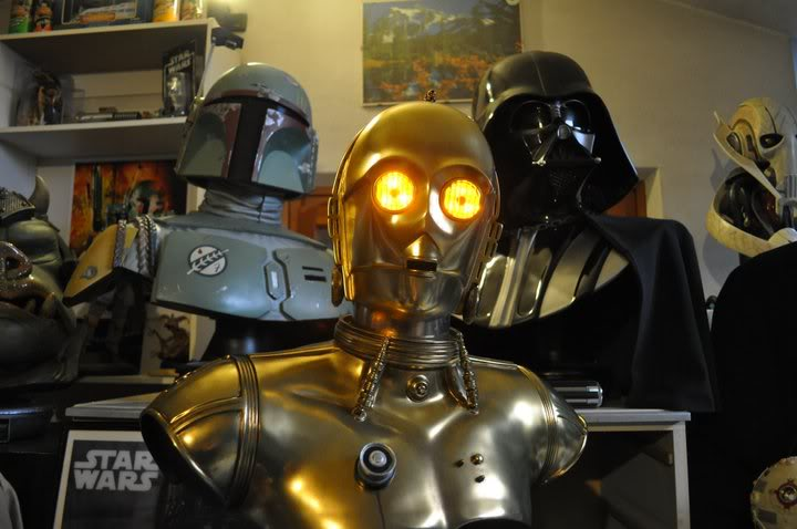 C-3PO LIFE SIZE BUST - Page 2 168481_10150178353494899_763189898_8721637_301843_n