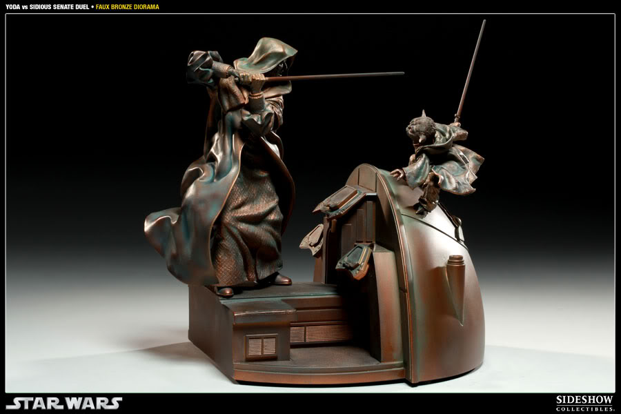 Sideshow - Senate Duel - Yoda vs. Darth Sidious- Faux Bronze 2000171_press01-001