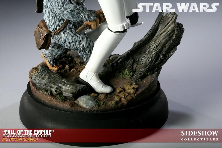 """Fall of the Empire"" – Ewoks vs. Stormtrooper Diorama 200042_press17-001"