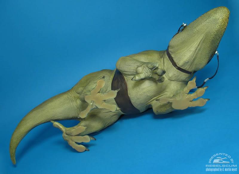 Sideshow - Sandtrooper Deluxe Figure & Dewback - 12' - Page 3 27827588