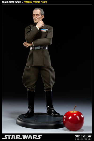 Sideshow - Grand Moff Tarkin - Premium Format - Page 2 300095_press02-001