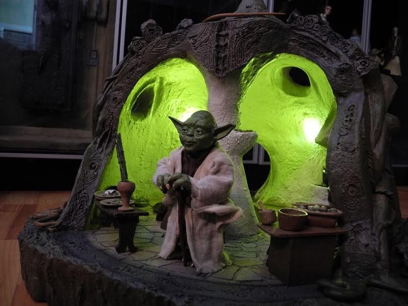Sideshow - Yoda's Hut - Dagobah 5769216738_67e8ee0cfa_b