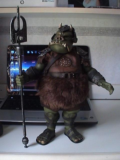 The Gamorrean Guard 12-inch Figure – Return of the Jedi DSC07470
