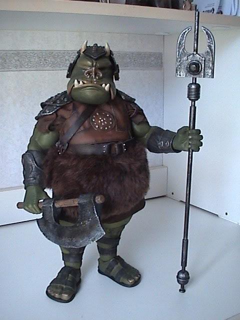 The Gamorrean Guard 12-inch Figure – Return of the Jedi DSC07475