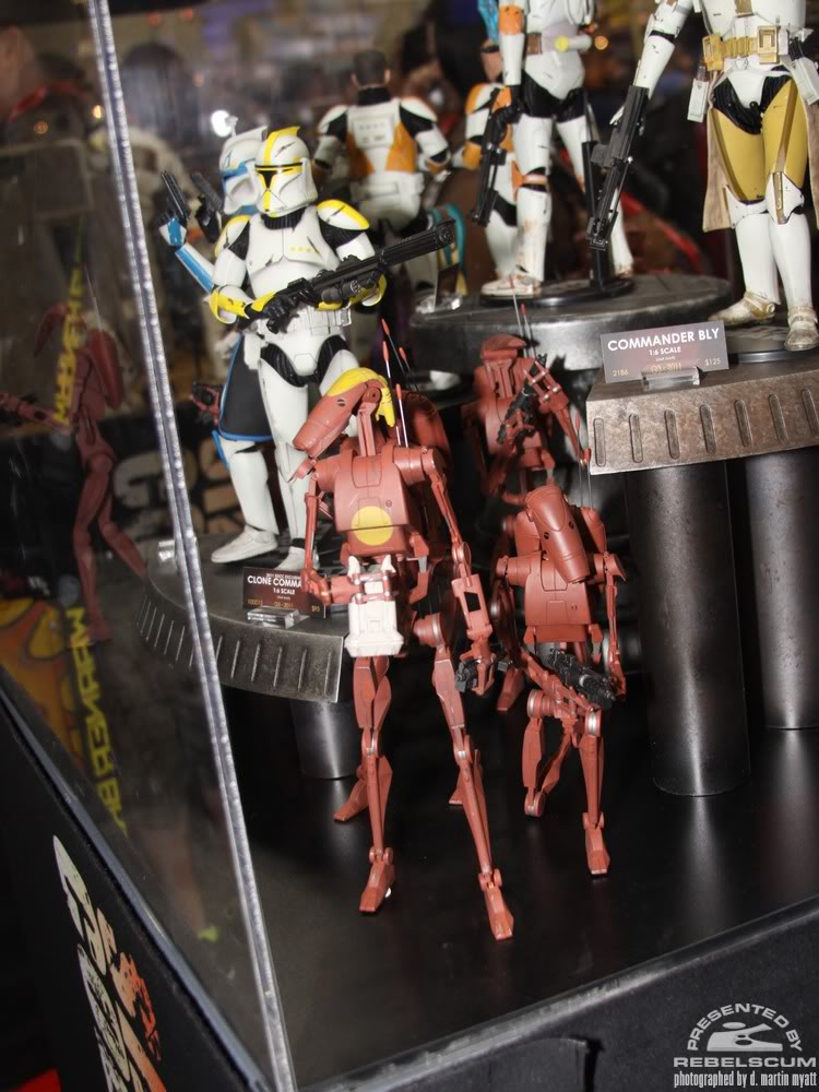 Sideshow - Infantry Geonosis Battle Droids  - 12 inch Figure IMG_0422