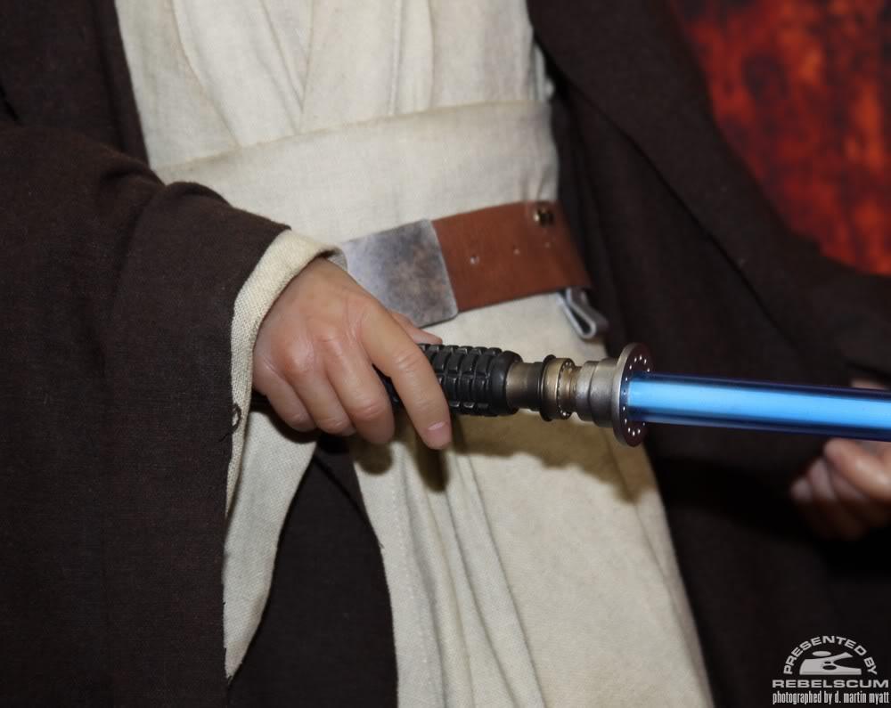 Sideshow - Obi-wan Kenobi - Legendary Scale Figure  - Page 2 IMG_0493