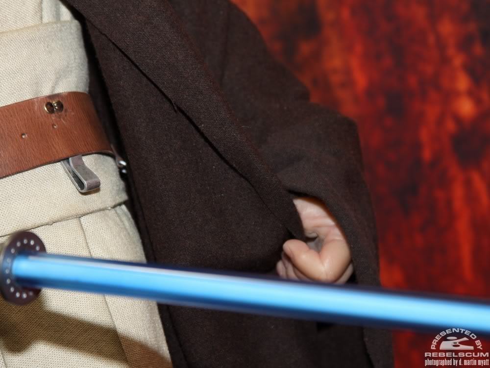 Sideshow - Obi-wan Kenobi - Legendary Scale Figure  - Page 2 IMG_0495