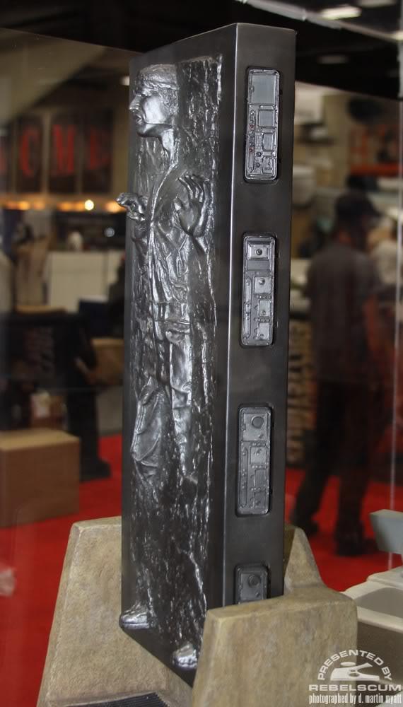 Sideshow - Han Solo Carbonite - PF - Premium Format 2011 - Page 2 IMG_9312