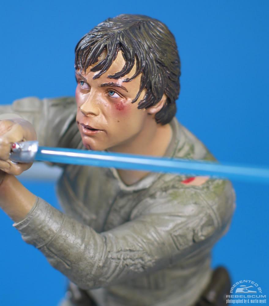 Sideshow - Luke Skywalker VS Darth Vader on Bespin Diorama - Page 2 Luke_vs_Vader-11
