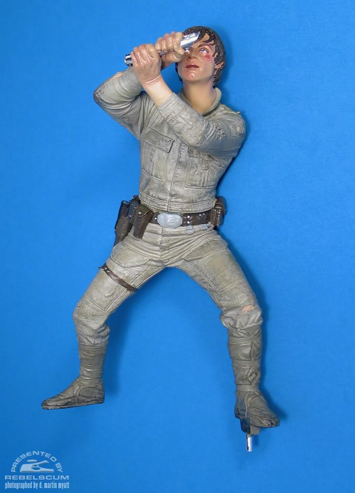Sideshow - Luke Skywalker VS Darth Vader on Bespin Diorama - Page 2 Luke_vs_Vader-14