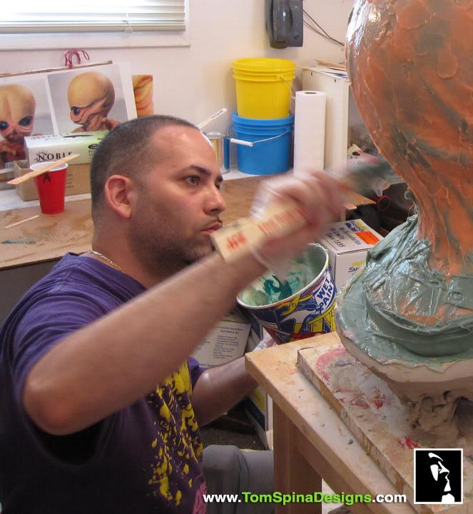 Sideshow - Figrin D'an - Life Size Bust Sideshow-Star-Wars-Figrin-Dan-Bust-Sculpture-7_1