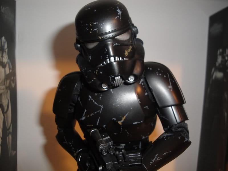 Sideshow - Blackhole Stormtrooper 12' Dsc02638ku