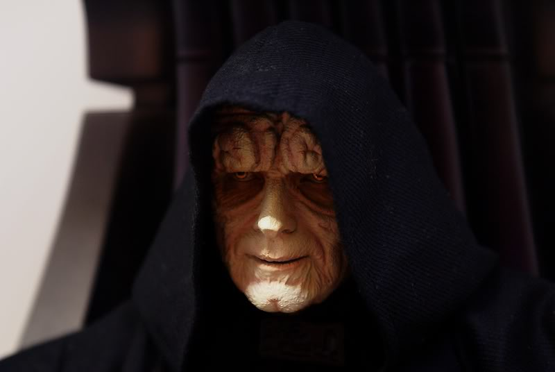 Sideshow - Palpatine on throne - Premium Format 2011 - Page 3 Emperoronimperialthrone2
