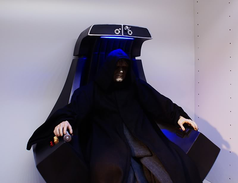 Sideshow - Palpatine on throne - Premium Format 2011 - Page 3 Emperoronimperialthrone28