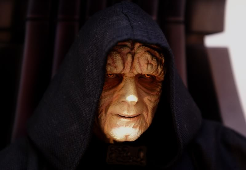 Sideshow - Palpatine on throne - Premium Format 2011 - Page 3 Emperoronimperialthrone3
