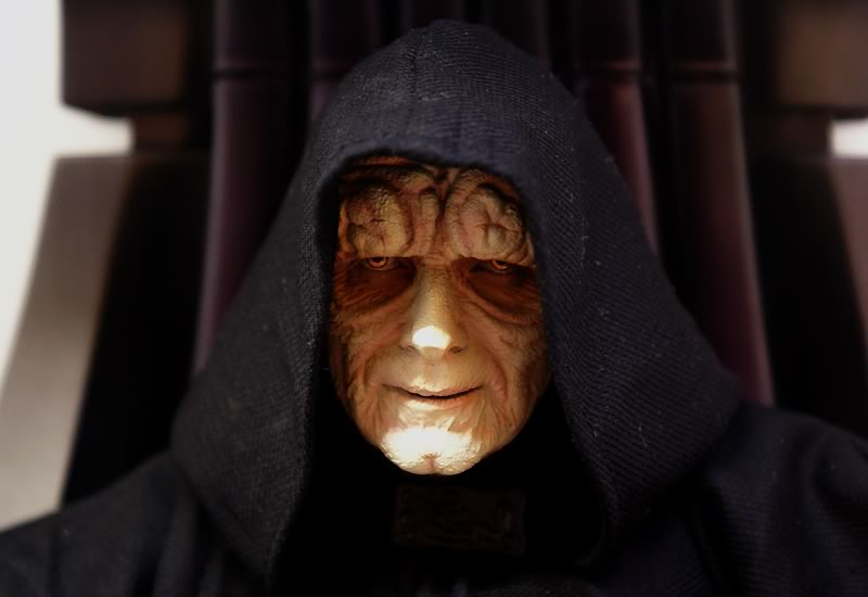 Sideshow - Palpatine on throne - Premium Format 2011 - Page 3 Emperoronimperialthrone4