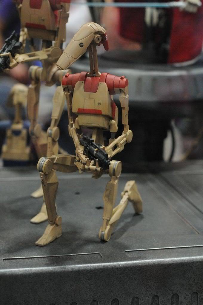 Sideshow - Security Battle Droid - 12 inch Figure Sdcc2011_sideshow_starwars_16