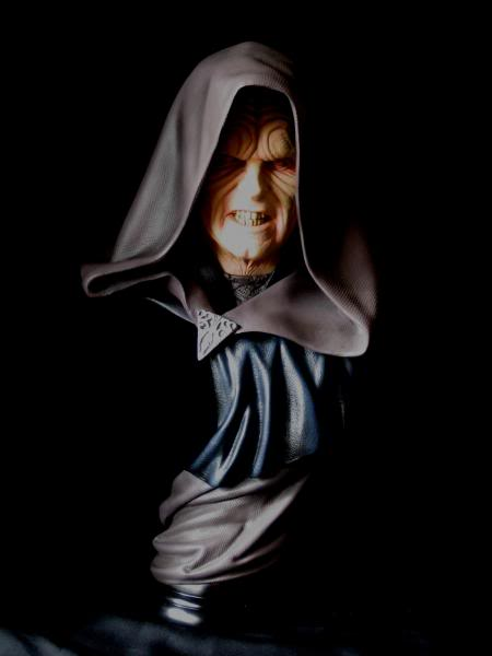 Sideshow - Darth Sidious Legendary Scale Bust – Star Wars  Sidious021resized