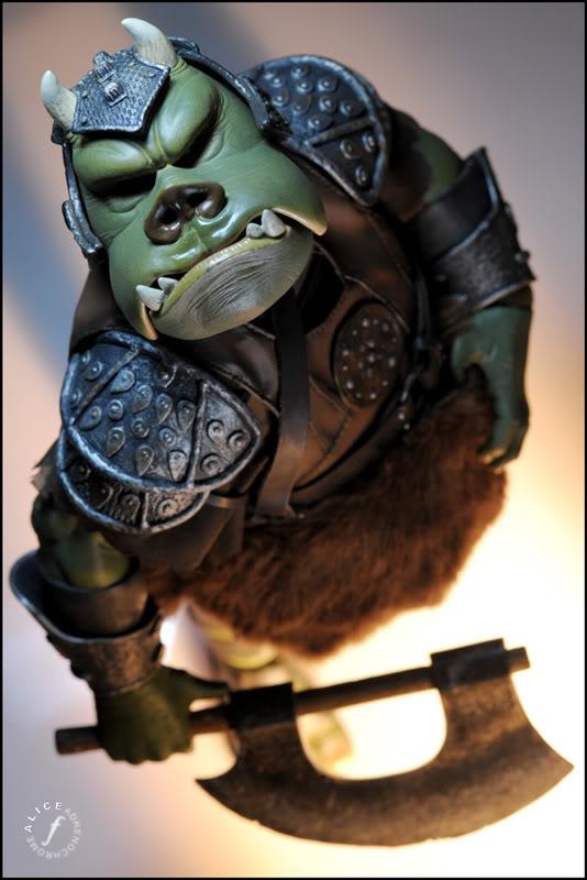 The Gamorrean Guard 12-inch Figure – Return of the Jedi Wgtd6789