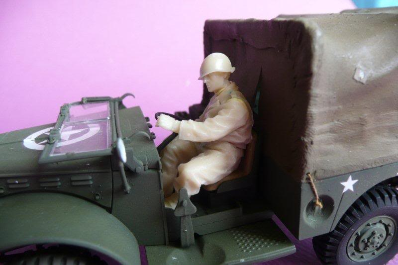 Figurine the Body Chauffeur-02