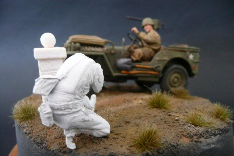 Figurine the Body Jeep-red-ball-24