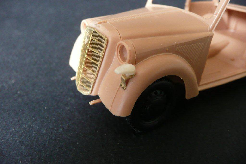 Opel Olympia décapotable Maquette Bronco Opel-Olympia-Bronco-20_zps052f4c5c