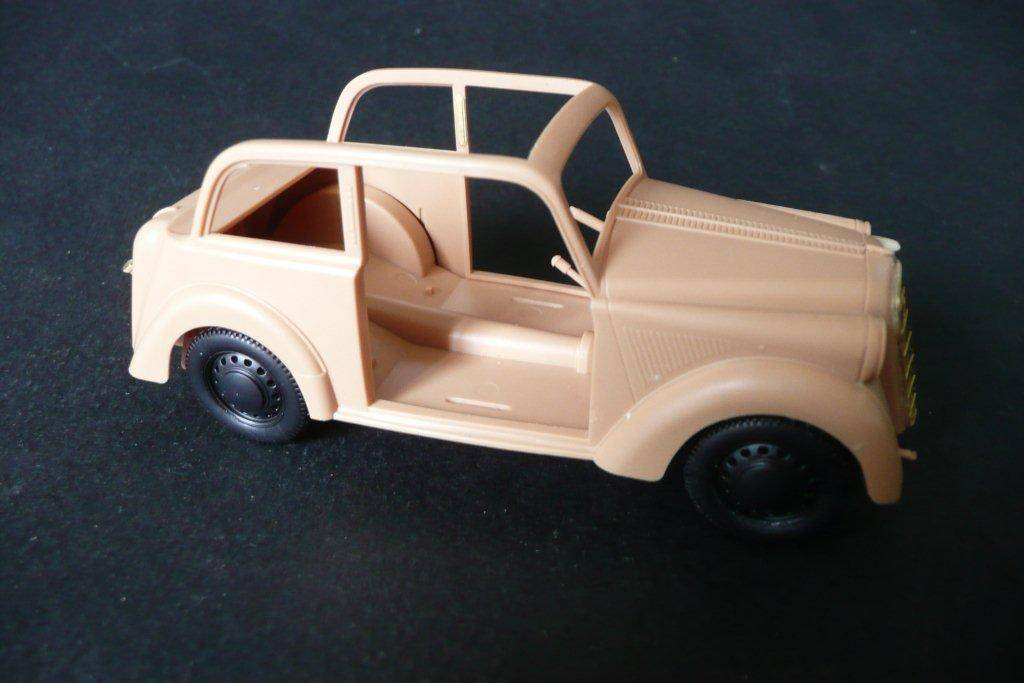 Opel Olympia décapotable Maquette Bronco Opel-Olympia-Bronco-24_zpsca42102a