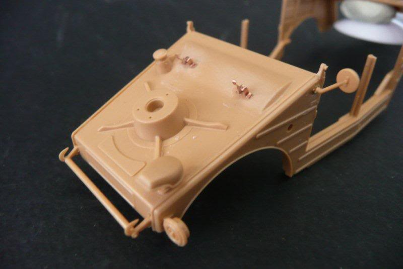 kubelwagen de prise Kubelwagen-tamiya-14