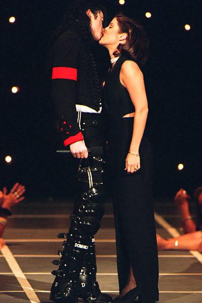 Immagini Michael e Lisa Marie Presley - Pagina 5 01_michael_jackson