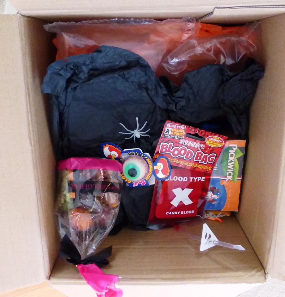 """A HUGE """"Thank You"""" to my swap partner P1010202_zpsd29c4189"""