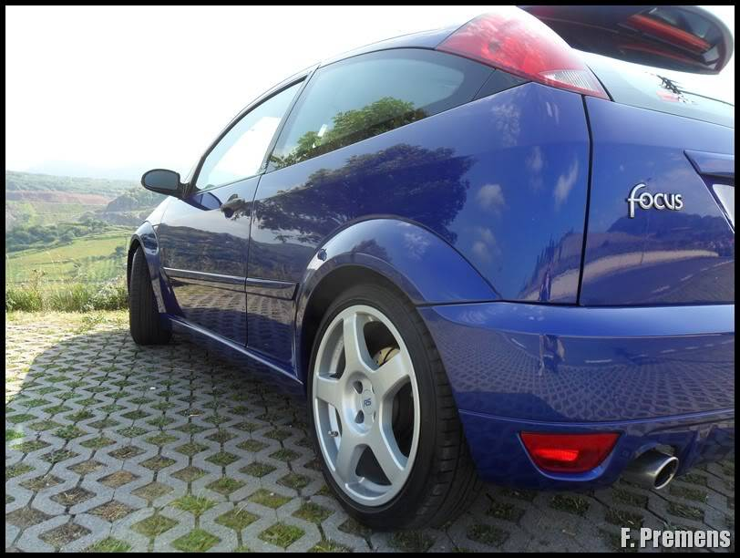 Detallado Exterior Ford Focus RS MK I SAM_1266