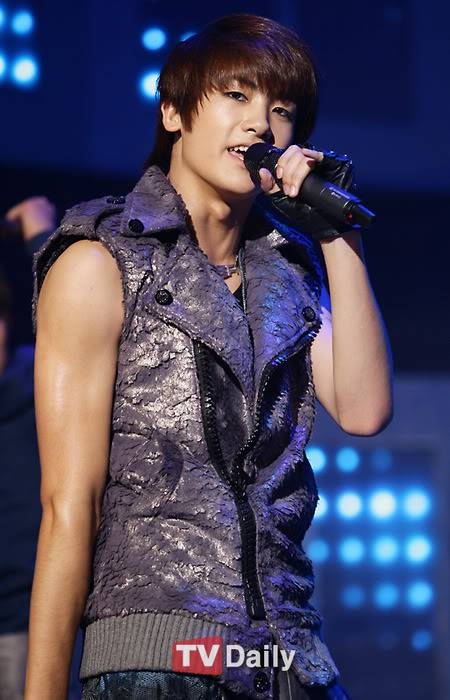 [GALERIA] HyungSik Tumblr_khyungsik547